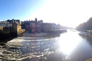 Location Auray
